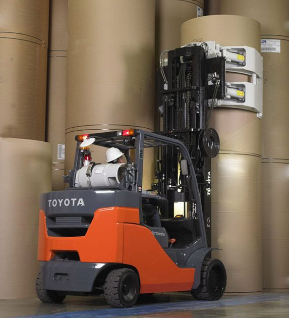 Toyota Paper Roll Special Forklift 8 000 Lbs To 15 500 Lb Capacity
